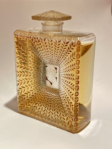 1925 Rene Lalique - La Belle Saison Sepia Stain Perfume Bottle for Houbigant  - Glass & Crystal Style Art Déco