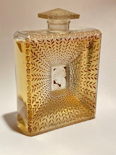 Glass & Crystal  - 1925 Rene Lalique - La Belle Saison Sepia Stain Perfume Bottle for Houbigant