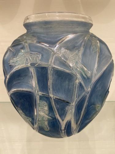 1912 Rene Lalique Sauterelles Vase Original Bleu Green Patina Grasshoppers -