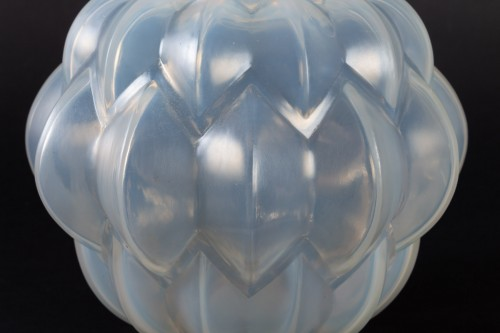 Glass & Crystal  - 1927 Rene Lalique Nivernais Vase in Triple Cased Opalescent Glass