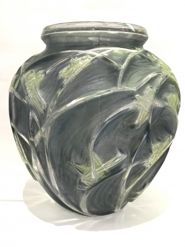 Glass & Crystal  - 1912 Rene LALIQUE - Vase Sauterelles Frosted Glass Blue and Green Patina
