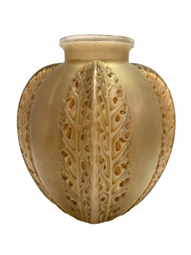 1922 Rene Lalique - Vase Chardons in Frosted Glass with Sepia Patina