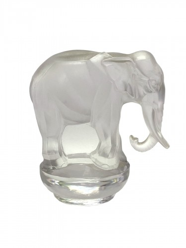 1931 Rene Lalique - Paper-Weight Toby Elephant Frosted & Clear Glass