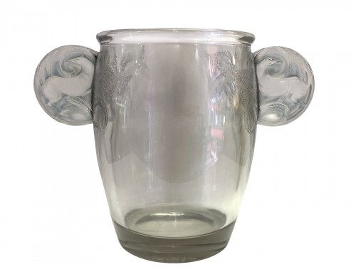1926 Rene Lalique - Vase Yvelines Clear Glass with Blue Patina