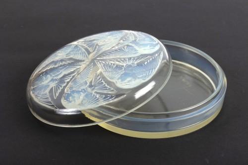 1921 René Lalique Box Mesanges Opalescent Glass -
