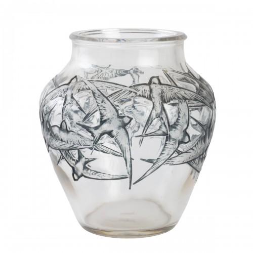 1919 René Lalique - Vase Hirondelles Clear Glass With Blue Enamel