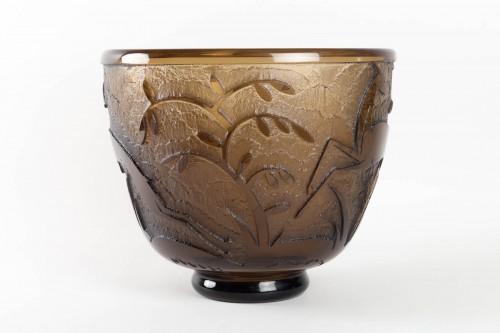 "Daum - Monumental Vase ""Antilopes et Feuillage"" Topaz Glass Acid-Etched -"