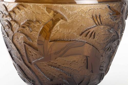"""Daum - Monumental Vase """"Antilopes et Feuillage"""" Topaz Glass Acid-Etched - Art Déco"""