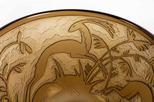 """Art Déco - Daum - Monumental Vase """"Antilopes et Feuillage"""" Topaz Glass Acid-Etched"""
