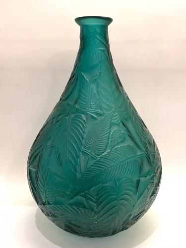 1923 René Lalique - Vase Sauges Tall Green Glass -