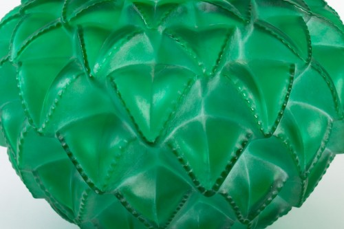 Glass & Crystal  - 1929 René Lalique - Vase Languedoc Emerald Green Glass Patina White