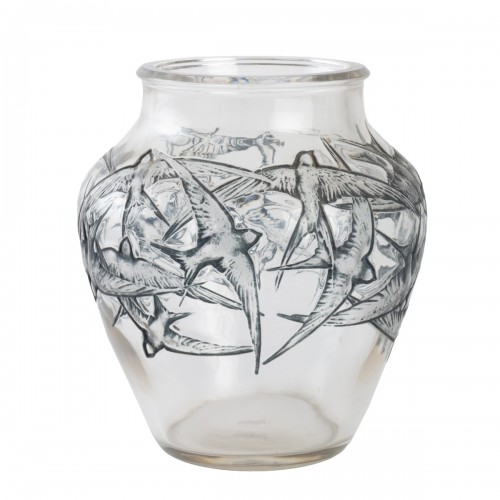 1919 René Lalique - Vase Hirondelles Clear Glass With Blue Enamel