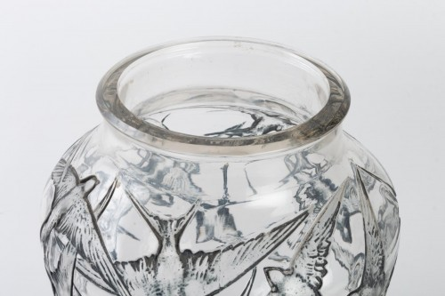 1919 René Lalique - Vase Hirondelles Clear Glass With Blue Enamel -
