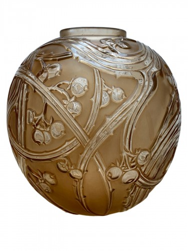 1924 René Lalique - Vase Baies Clear & Frosted Glass With Patina Sepia