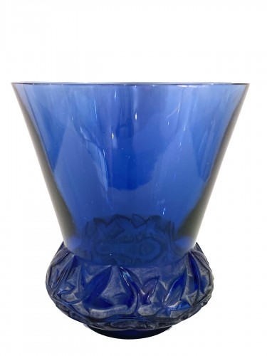 1930 René Lalique - Vase Lierre In Blue Glass With White Patina