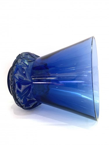 1930 René Lalique - Vase Lierre In Blue Glass With White Patina -