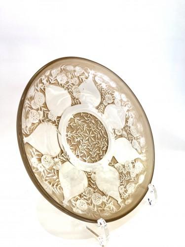 "Glass & Crystal  - 1921 René Lalique - Set of six plates ""Vases"""