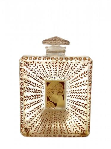 """1925 René Lalique - """"La Belle Saison"""" Houbigant Perfume Bottle"""