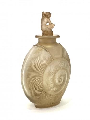 """1920 René Lalique - Perfume Bottle """"Amphitrite""""  - Glass & Crystal Style Art Déco"""