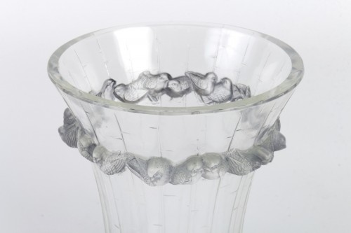 Glass & Crystal  - 1933 René Lalique - Vase Boulouris Clear Glass Blue Patina