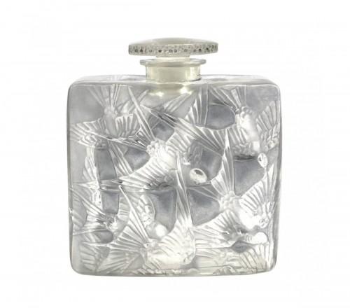 1920 René Lalique - Perfume Bottle Hirondelles