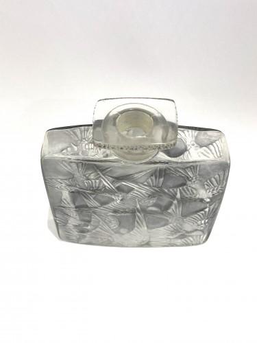 Glass & Crystal  - 1920 René Lalique - Perfume Bottle Hirondelles