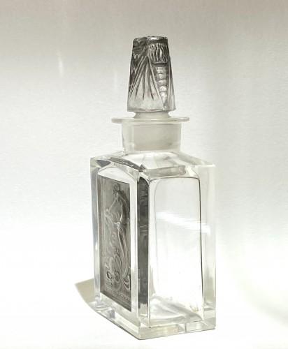 Glass & Crystal  - 1920 René Lalique - Perfume Bottle « L'Effleurt »