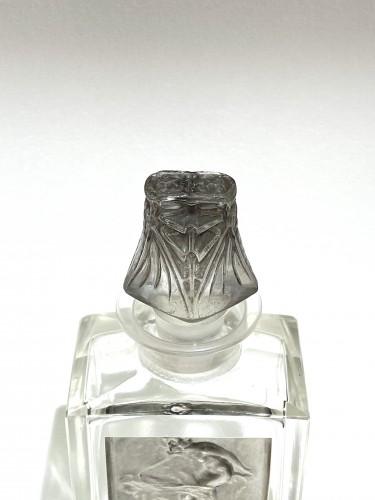 20th century - 1920 René Lalique - Perfume Bottle « L'Effleurt »
