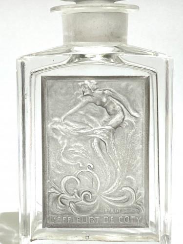 Art nouveau - 1920 René Lalique - Perfume Bottle « L'Effleurt »