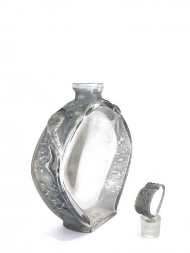 """1912 Rene Lalique - Perfume Bottle """"Niobé""""  -"""
