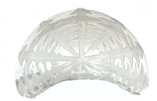 """Glass & Crystal  - 1924 René Lalique - Set of eight 8 """"Pissenlit"""" salad plates"""