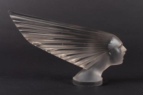20th century - 1928 René Lalique - Car Mascot Hood« Victoire »