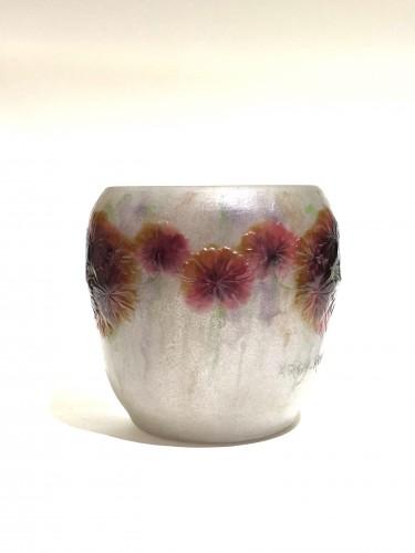 Glass & Crystal  - 1917 Gabriel Argy-rousseau Vase Geranium Sauvage White, Pink & Green Glass