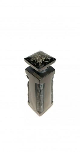 1914 René Lalique - Perfume Bottle Ambre D'Orsay Black Glass White Patina -