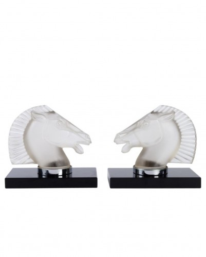 "1929 Rene Lalique -  Pair of mascots bookends ""Longchamp B"""
