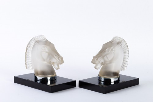 """Glass & Crystal  - 1929 Rene Lalique - Pair of mascots bookends """"Longchamp B"""""""