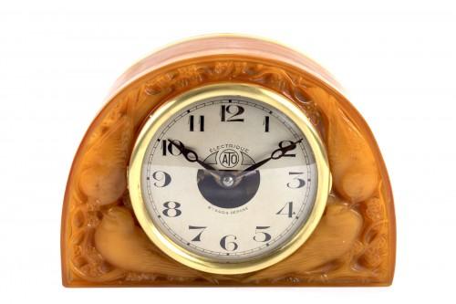 """1924 René Lalique - Clock """"Moineaux"""" Butterscotch Clock Original Ato Movement - Glass & Crystal Style Art Déco"""