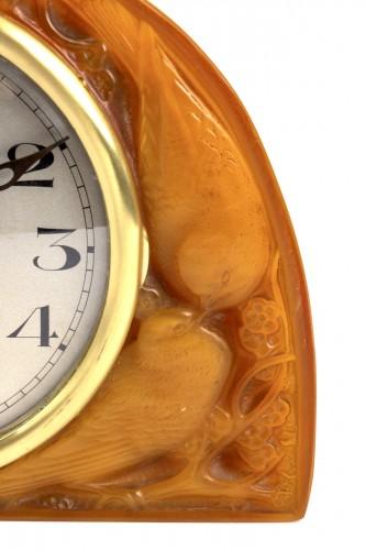 """20th century - 1924 René Lalique - Clock """"Moineaux"""" Butterscotch Clock Original Ato Movement"""
