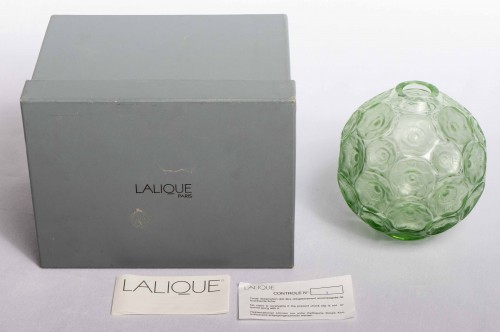 Glass & Crystal  - Lalique France - Anemones Vase