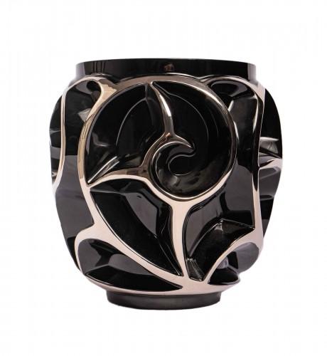 Lalique France - Tourbillon Vase enamel Black Crystal