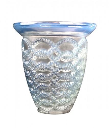 1935 René Lalique - Vase Guirlandes