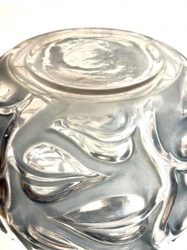 Antiquités - 1926 René Lalique - Vase Sophora