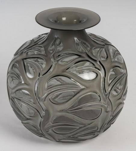 1926 René Lalique - Vase Sophora - Glass & Crystal Style Art Déco