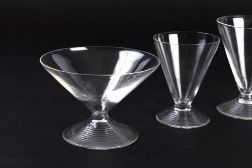 1937 René Lalique Service Arbois - 49 Pieces (48 Glasses - 1 Pitcher) - Art Déco