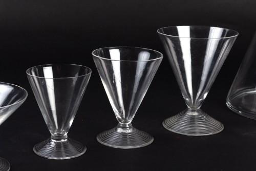 Art Déco - 1937 René Lalique Service Arbois - 49 Pieces (48 Glasses - 1 Pitcher)