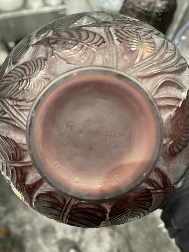 Glass & Crystal  - 1923 René Lalique - Vase Sauges