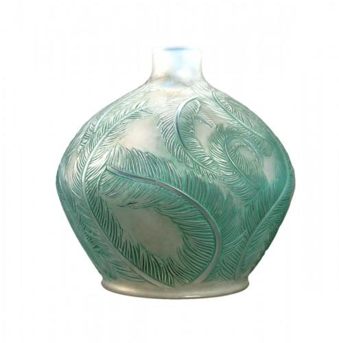 1920 René Lalique - Vase Plumes