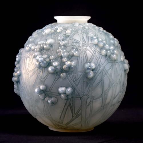 1924 René Lalique - Vase Druide -
