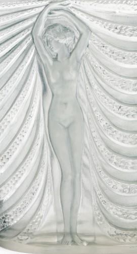 20th century - 1937 René Lalique - Vase Terpsichore