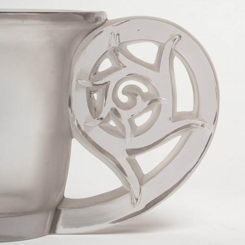 1926 René Lalique - Vase Pierrefonds -